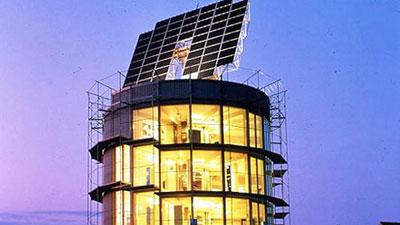 rotating solar house