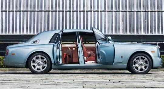 Electric Rolls Royce - 102EX Phantom EE