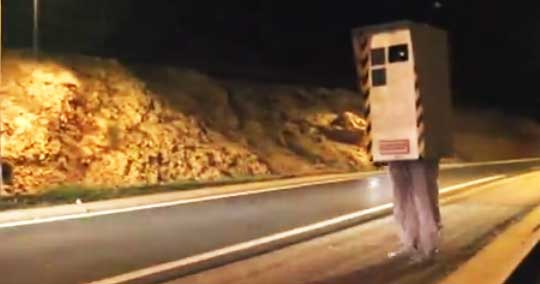 Man Disguises Himself as a Speed Radar - Dangerously Funny