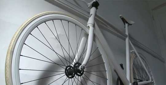 ThinBike - Bike Folds Flat Against Walls