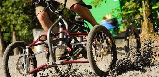 Quad-Cycle - Off-Road Four-Wheeled Bike
