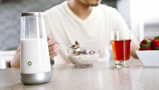 Milkmaid - Smart Jug Texts You When The Milk Goes Bad