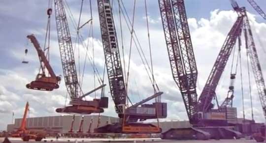 A Crane Lifting a Crane, Lifting a Crane, Lifting a Crane
