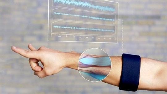 MYO Armband - Arm Gesture Control