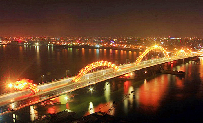 Han River Bridge, Da Nang City, Vietnam,