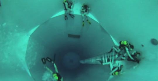 World's Deepest Indoor Pool - Nemo 33