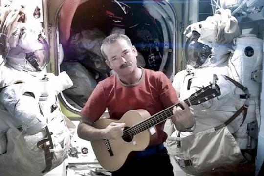 Space Oddity, Chris Hadfield, International Space Station