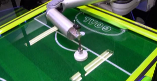 Air Hockey Robot Will Frustrate You