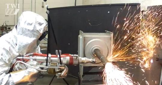 Laser Rifle That Can Cut Through Metal