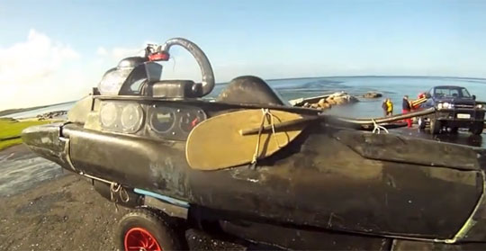 Dude Builds His Own Submarine From a Kayak