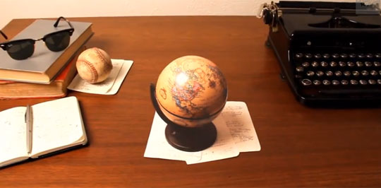 Optical Illusion On a Desk Will Make You Spasm
