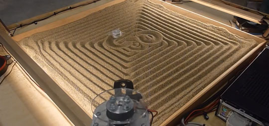 Cable Machine Draws Art on Sand
