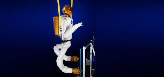 NASA Gives Robonaut2 Some Funky Legs
