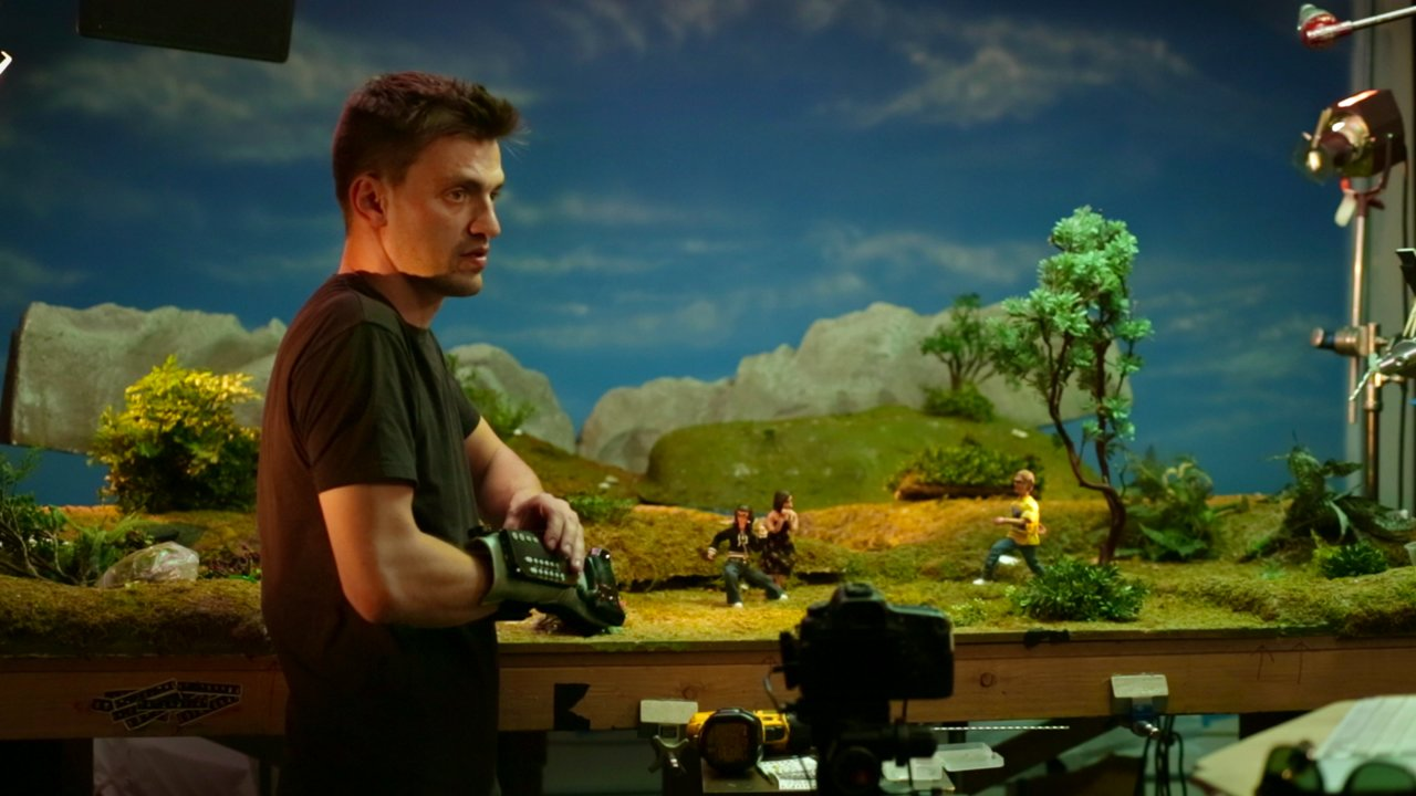 Animator Re-programs the Power Glove for Stop-Motion