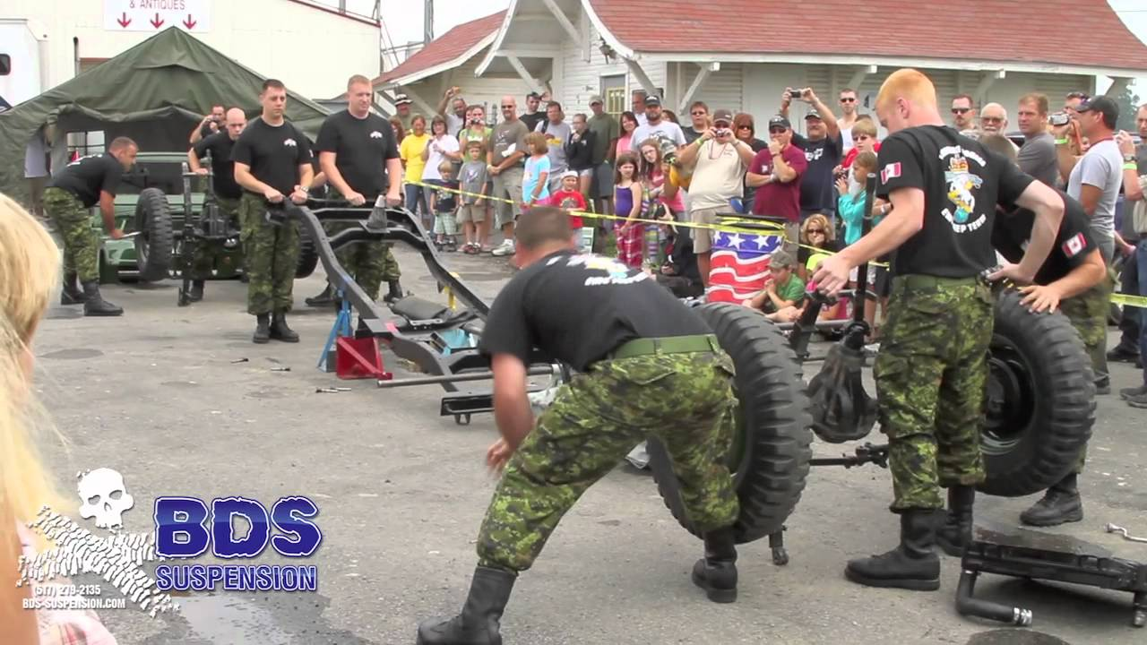 Candian Military Tears Down and Rebuilds a Jeep in About 3 Minutes