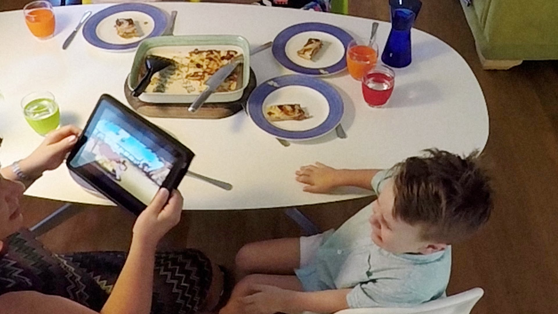 Technology has ruined family dinnertime but this device saves it