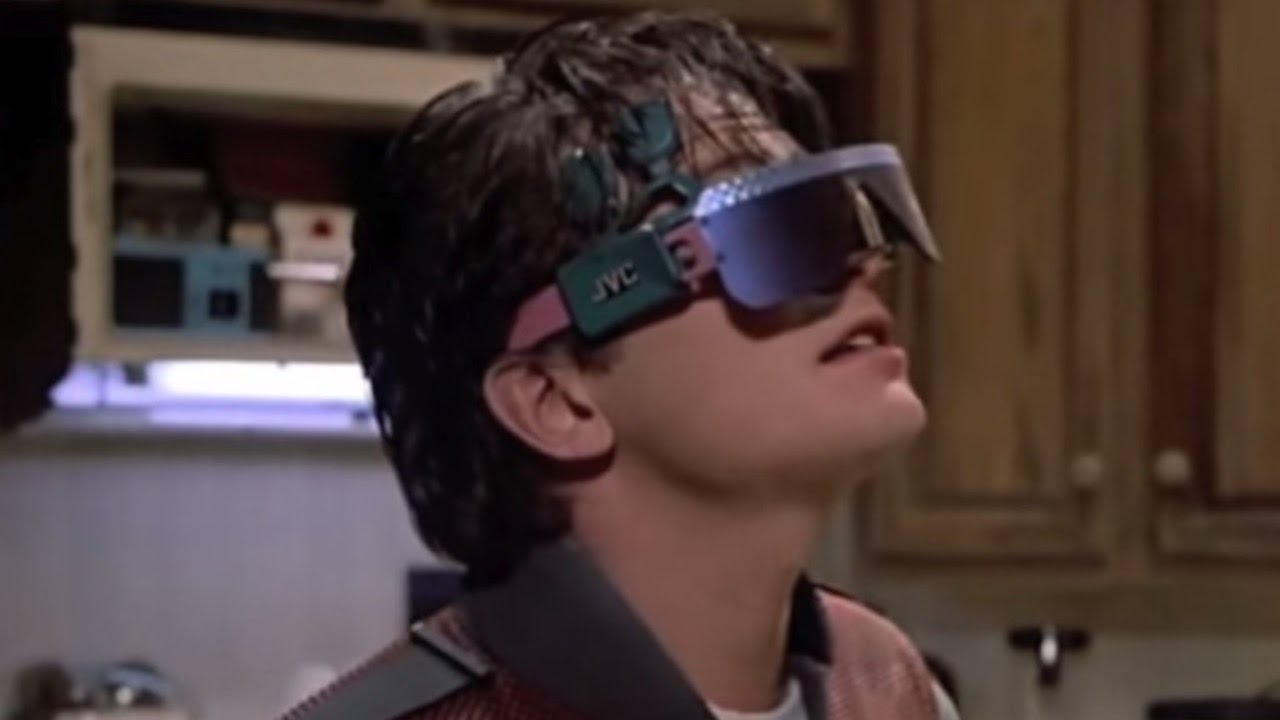 10 Supposedly Futuristic Technologies in Movies that Look so Dated Now