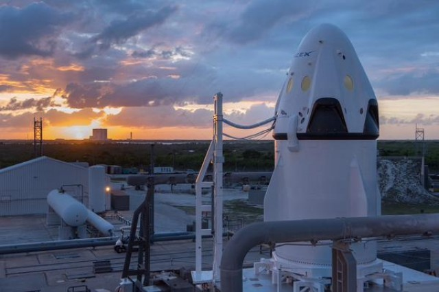 Watch SpaceX's Emergency Pad Abort Test