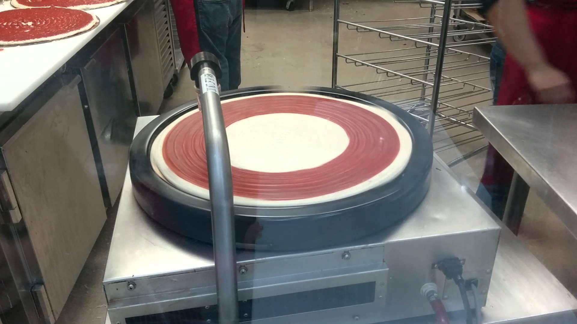The Magic Pizza Sauce Machine that Sauces Pizzas at Costco