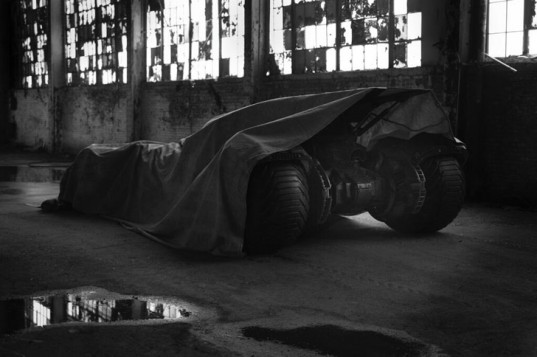 "New ""Batman v Superman"" Batmobile Officially Unveiled, These 7 Images Give Us an Inside Look"