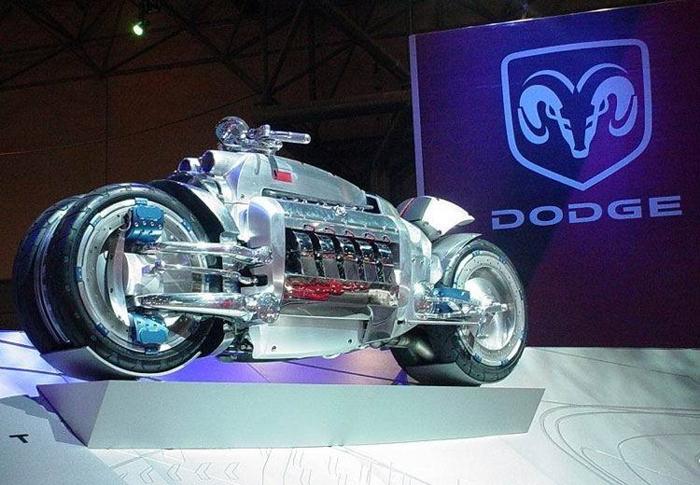V10 Viper Engine + Motorcycle=Tomahawk