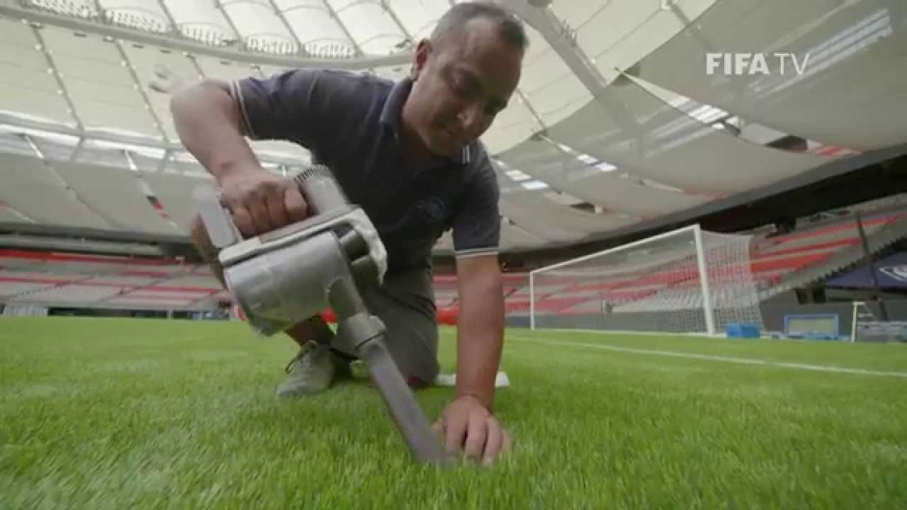 How FIFA Tests Artificial Fields