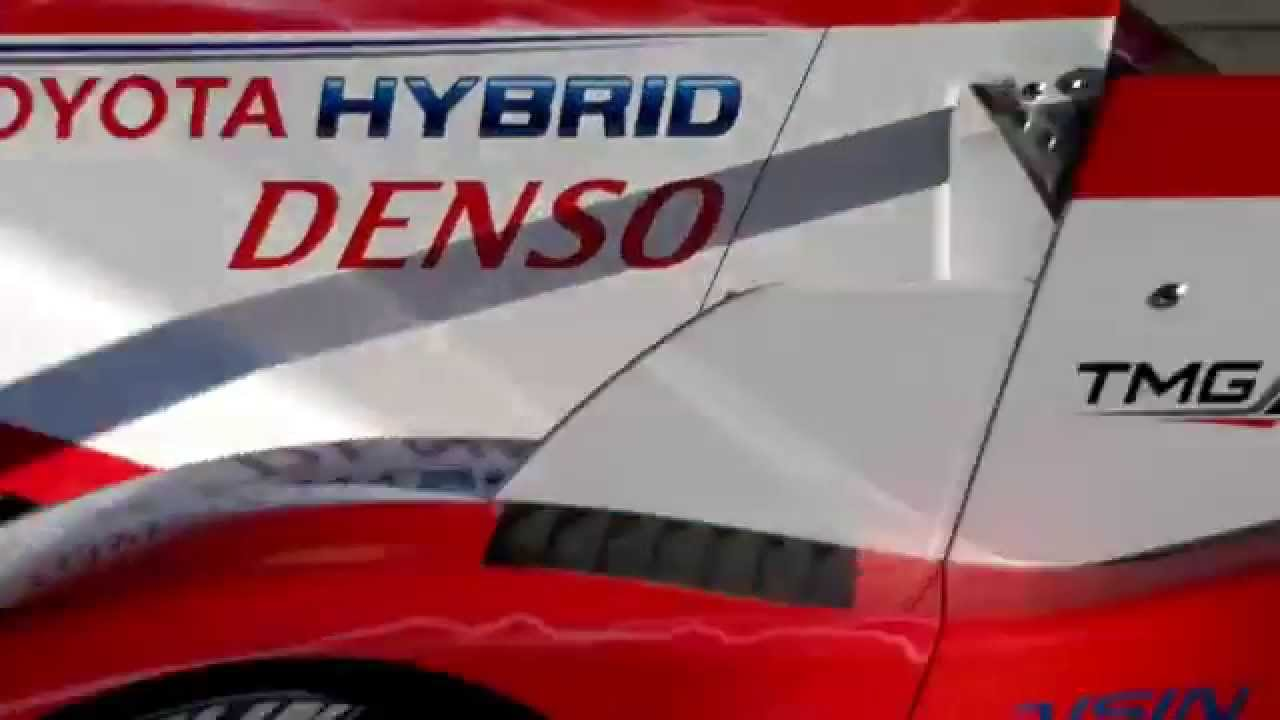 Toyota TS030 Hybrid switching from electric to petrol engine, resulting in an awesome sound