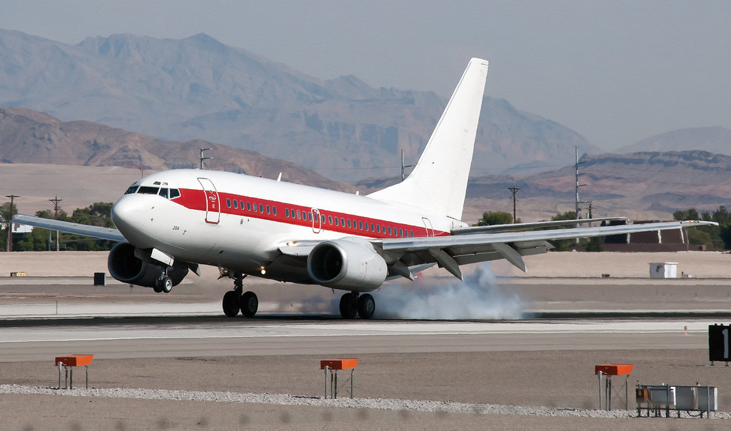 5 Interesting Facts about Janet - the US Goverment's Secret Airline That Transports Workers to Area 51