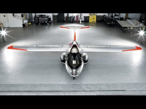 Flying in the Folding ICON A5 Airplane