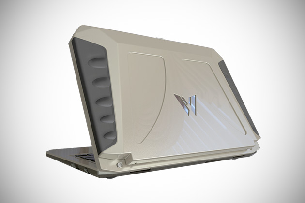 sol-solar-powered-laptop2
