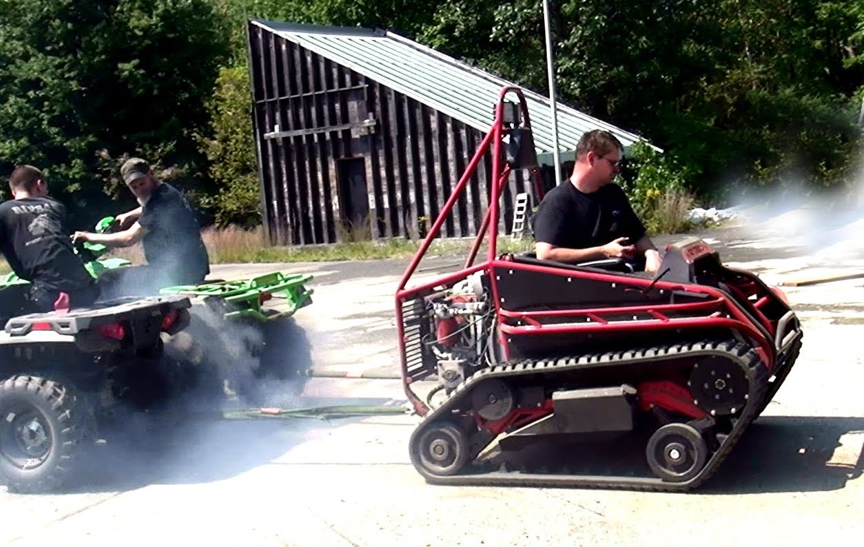 The Outlandish RipChair Is a Tracked Vehicle That Can Take You Anywhere