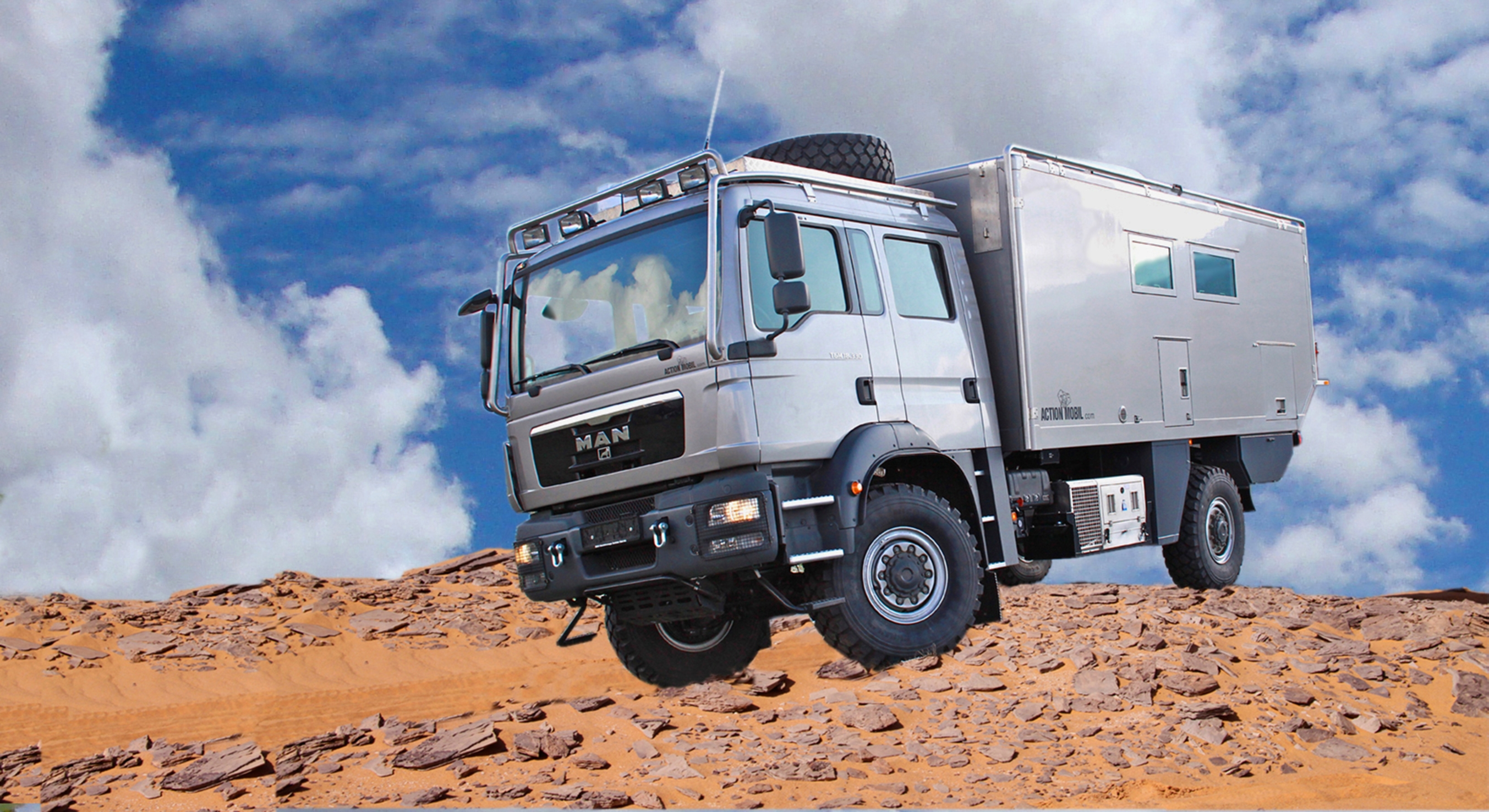 The Action Mobil Atacama 7900 Expedition Vehicle with Built-in Garage is All You Need In Case of Armageddon