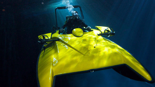 Scubacraft SC3 is a Submersible Speedboat That Can Dive Nearly 100-Feet Underwater