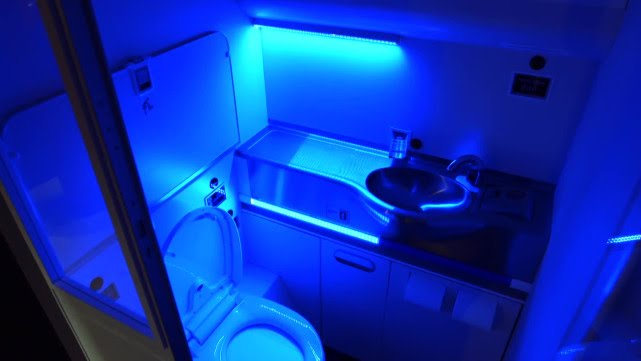 Boeing's Self-Cleaning Bathroom Would Nuke Germs with UV Rays
