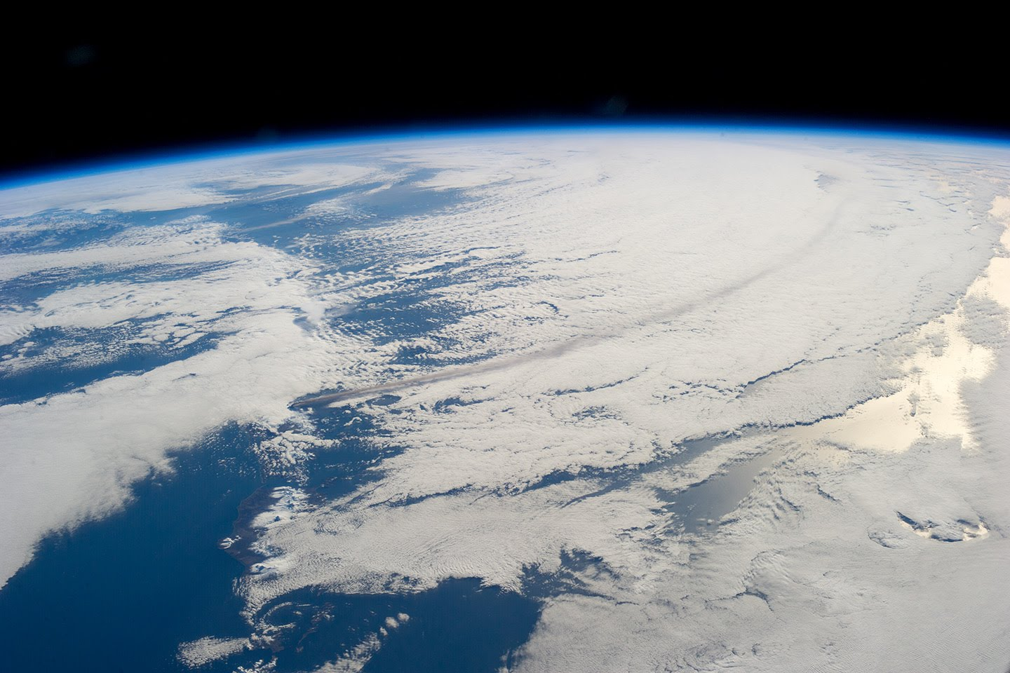 Live Feed of the view of Earth from the International Space Station