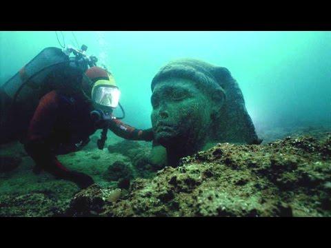 7 Mysterious Underwater Cities