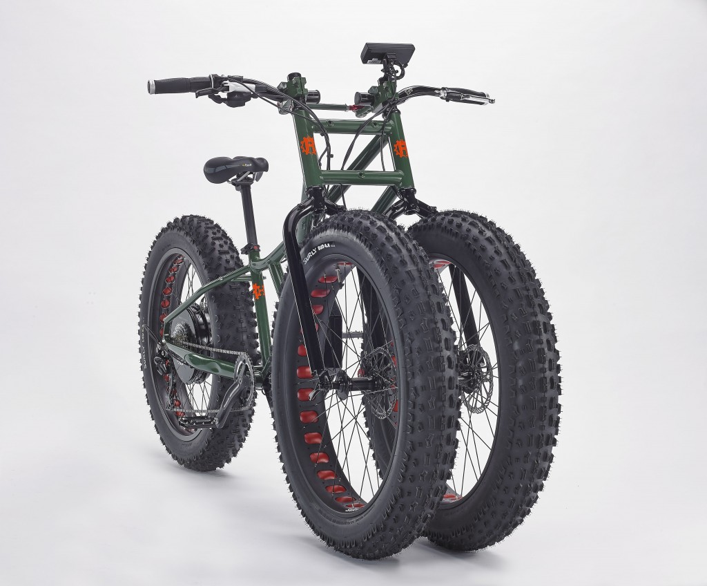This Bike Has Three Fat Tires, Is a All-Electric