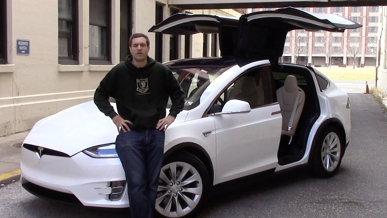 Here's Why the Tesla Model X Is an Awful Car ...NOT
