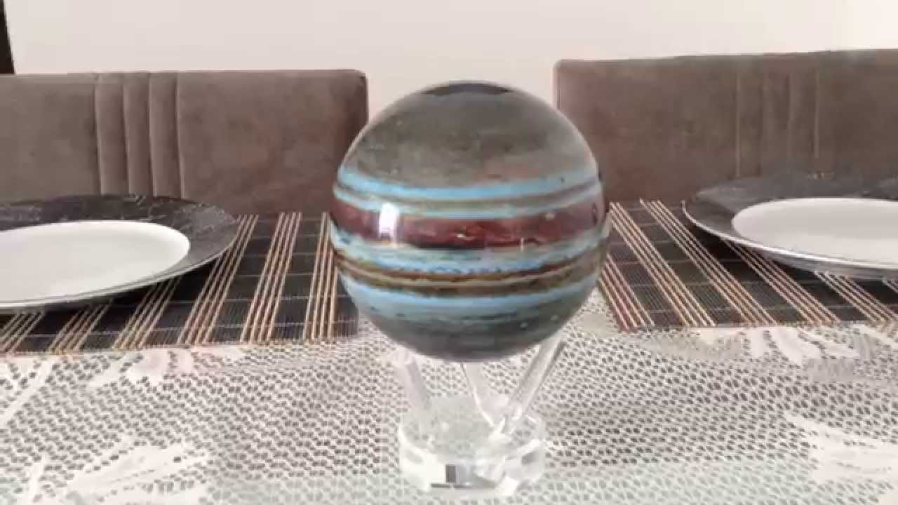 Spinning Planets Are Perfect Gift For Space Lovers